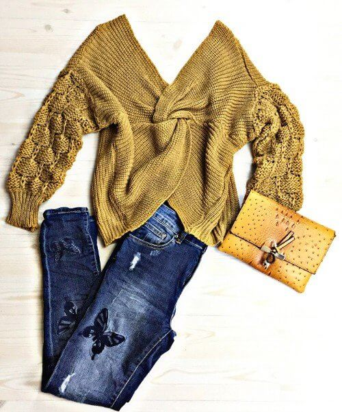 Keep it casual with a chunky sweater & your favorite denim jeans.
