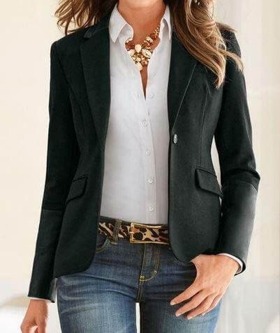 Blazer, jeans & crisp white shirt makes for a smart, casual look.